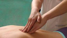 Kak_pravilno_provoditsa_massag_pri_skolioze