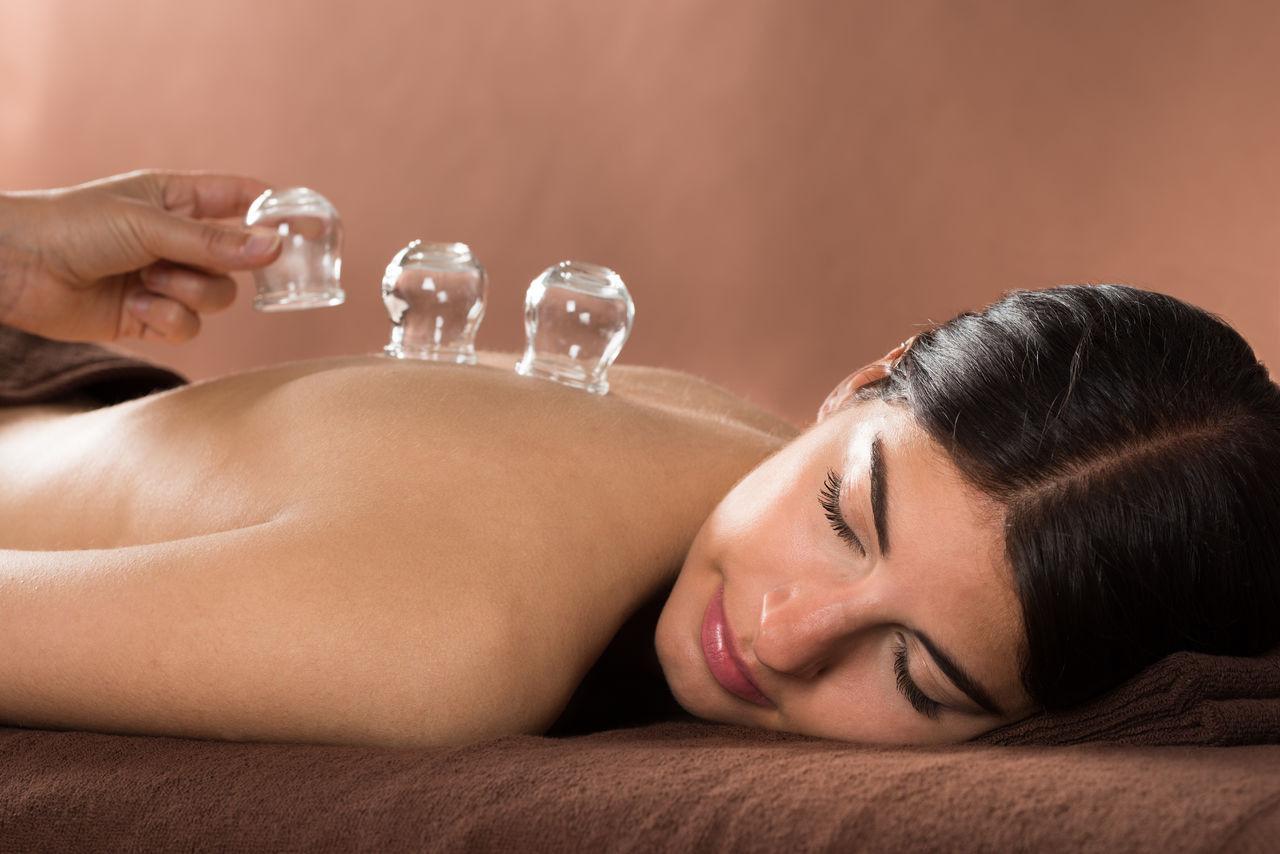 Процедура баночного массажа