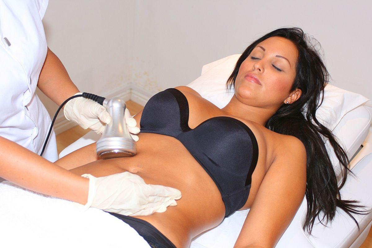 Косметическая процедура — лазерная липосакция