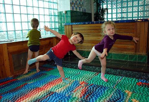 Упражнения на массажном коврике