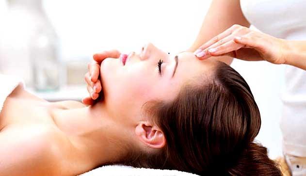 Классический массаж для омоложения лица