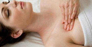 Как правильно делать массаж женской груди